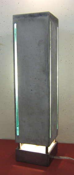 concretelamp1