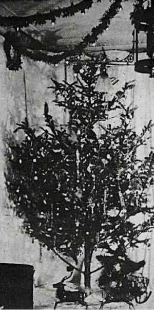 edward-johnson-christmas-tree