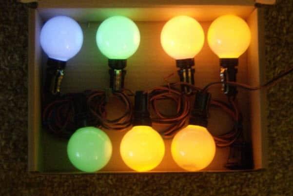 fluorescent-christmas-lights
