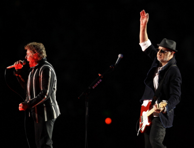 Super Bowl Halftime Show – Starring The Who, and THE LIGHTING!