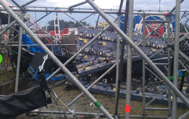 pukkelpop-collapse-1