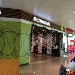 BlingDonalds, Barcelona Airport