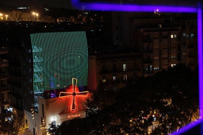 El Molino Burlesque's Beautiful Video Facade — Barcelona, Spain