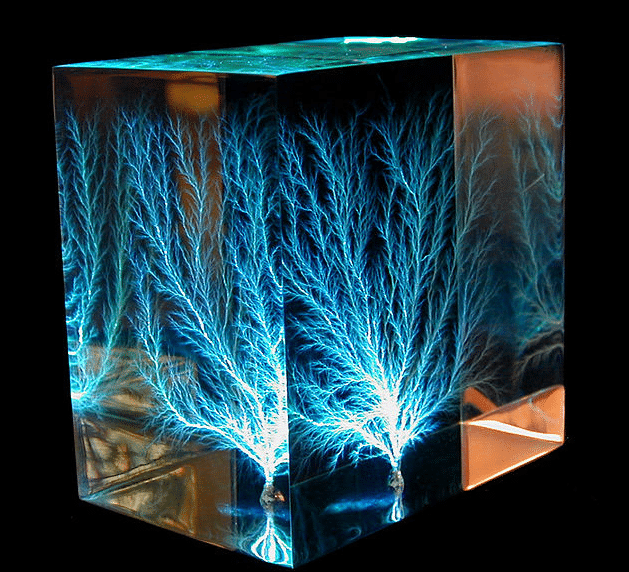 acrylic-lichtenberg-figure