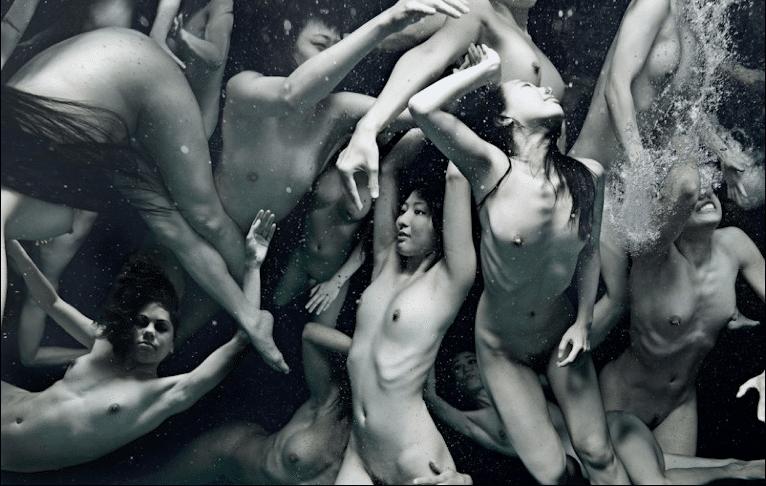 Light + Water + The Nude Human Form = Tomohide Ikeya's Amazing Visuals