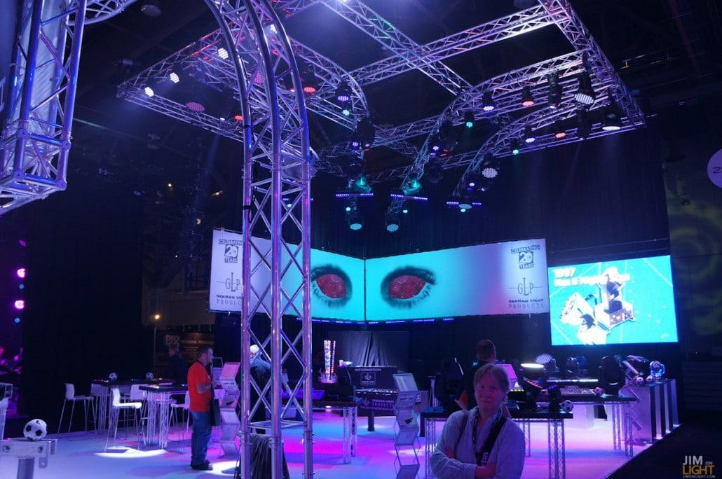 ldi2014-jimonlight-showfloor-120