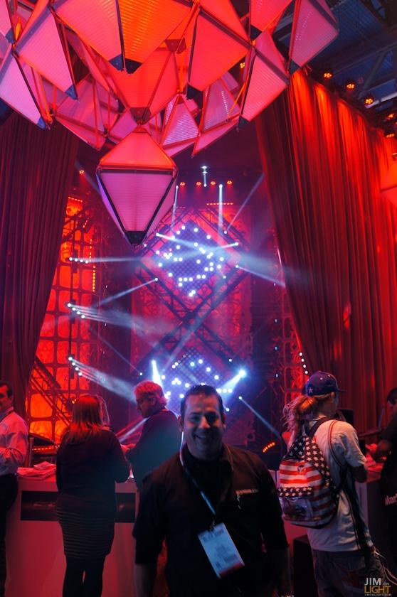 ldi2014-jimonlight-showfloor-33