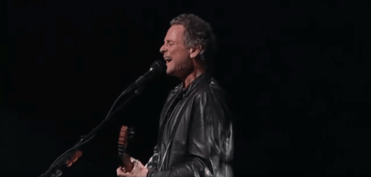 Lindsey Buckingham's Gonna Big Love You Right in the Face