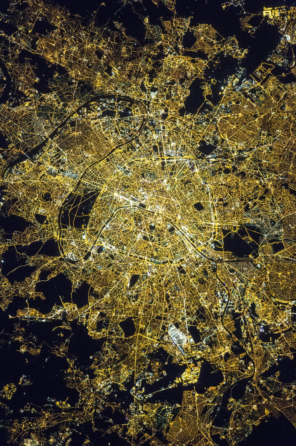 ISS_paris_huge